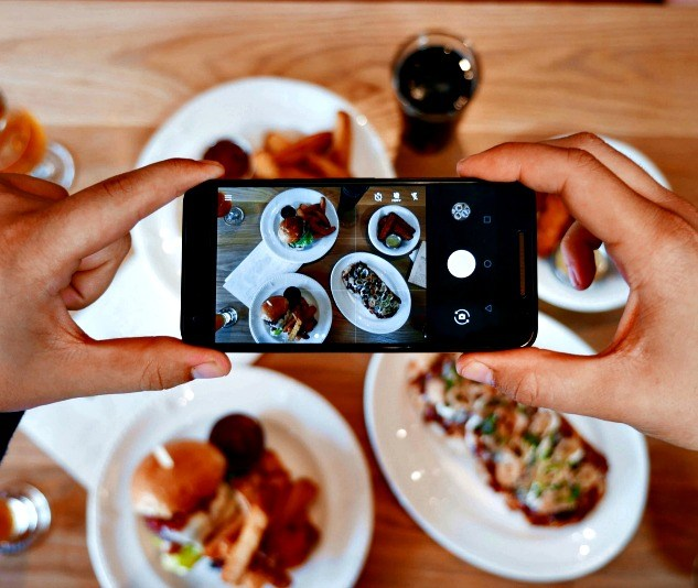 Facebook Order Food pranzo a domicilio
