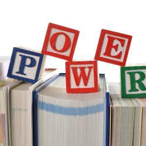 insieme di libri esposti potere delle immagini in una landing page