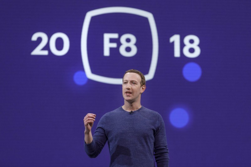 Novità F8 2018: al centro le relazioni tra persone e la privacy