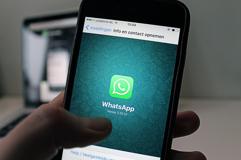 Arrivano i post di Facebook su WhatsApp